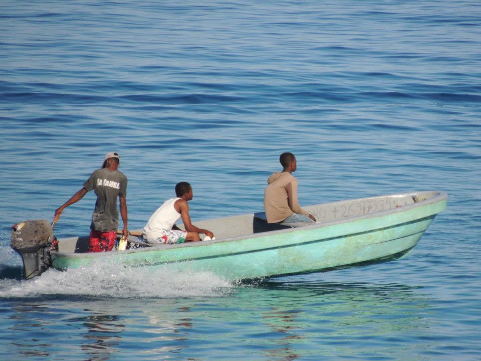 Pêcheurs comoriens ( Crédit photo : Said Mchangama)