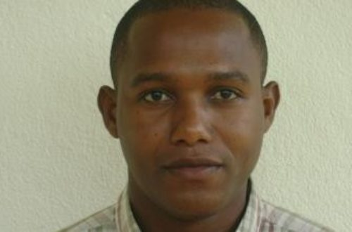 Article : Bakri Nadhurou, jeune primatologue comorien